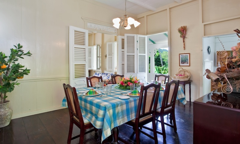 La-Dauphine-Great-House-Dining-Room-1